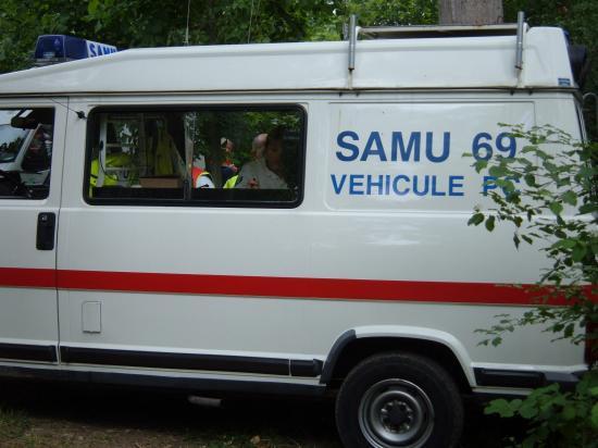 Véhicules SAMU et ADPC69