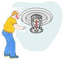 Que fait-on lors d'un entretien mensuel sur un réseau sprinkler  ?