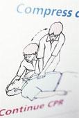 Quel est le rythme du massage cardiaque pour un adulte?