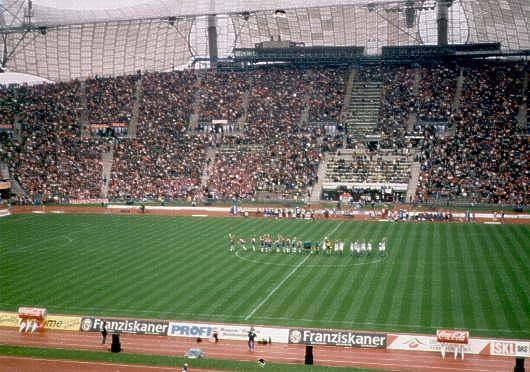 Quelle est la capacité de ce stade (Olympiastadion MUNICH) ?