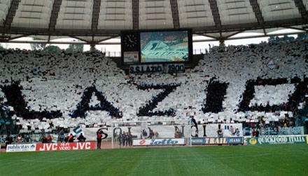 Quelle est la capacité de ce stade (Stadio Olimpico ROME) ?