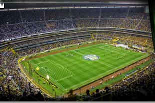 Quelle est la capacité de ce stade (Estadio Azteca MEXIQUE ) ?