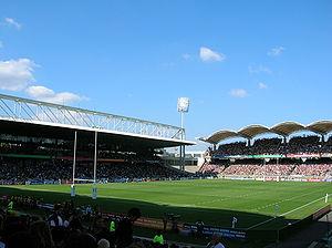 Quelle est la capacité de ce stade (stade de Gerland LYON) ?